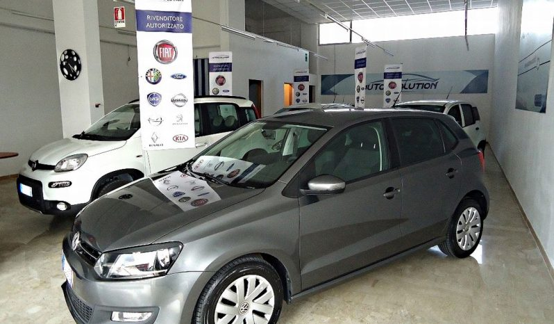 VOLKSWAGEN Polo – 2011 full