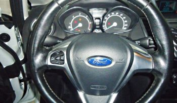 FORD Fiesta (2015) full