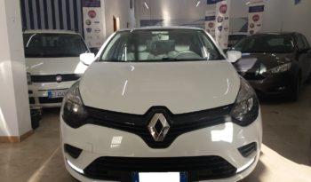 Renault Clio (2016) full